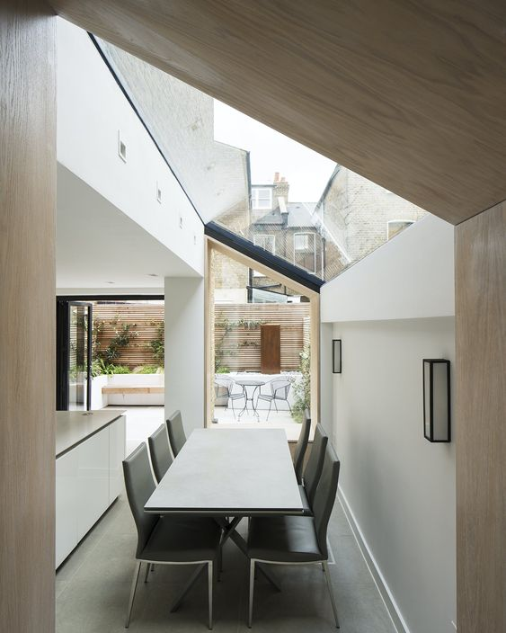 oak lined side return kitchen extension
