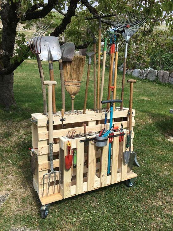 portable pallet tool storage