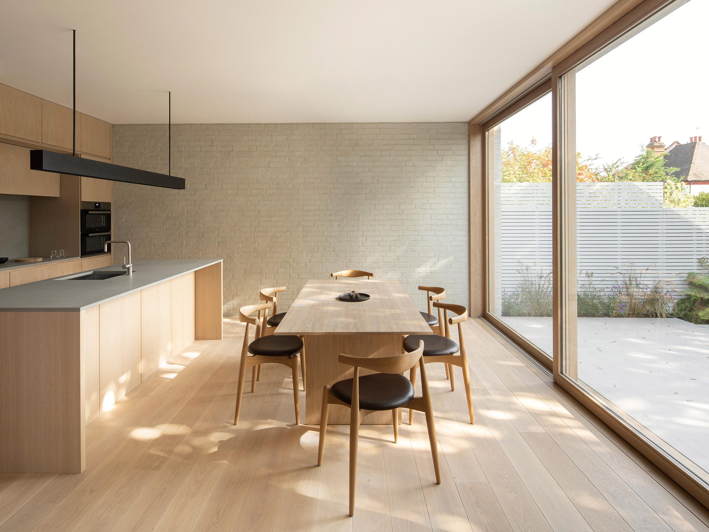 soft looking oak lined kitchen