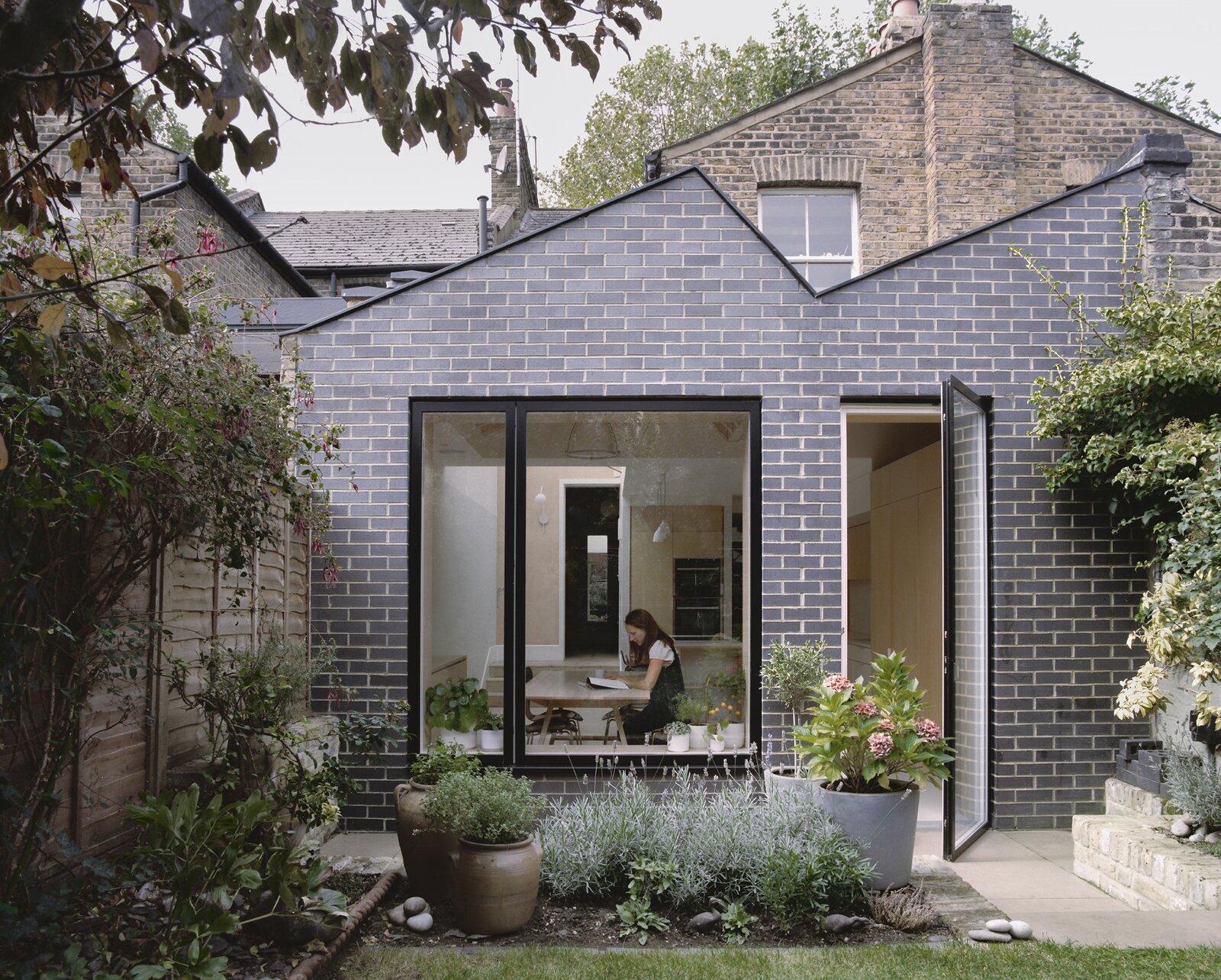 zigzag roof exterior of kitchen extension