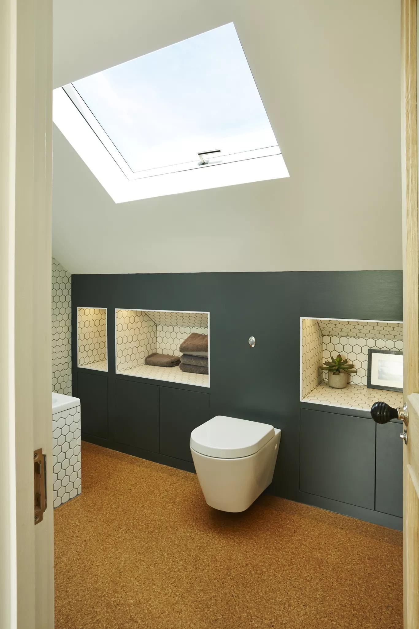 loft-bathroom-storage