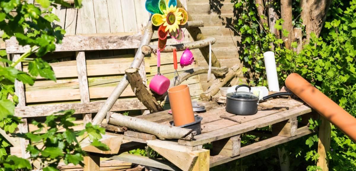 outdoor mud kitchen diy setup