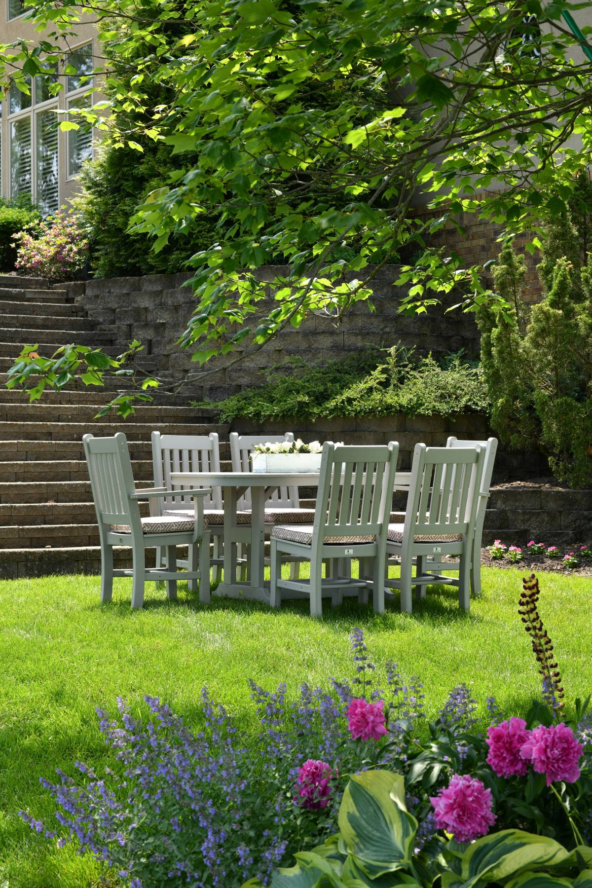 easy garden outdoor dining