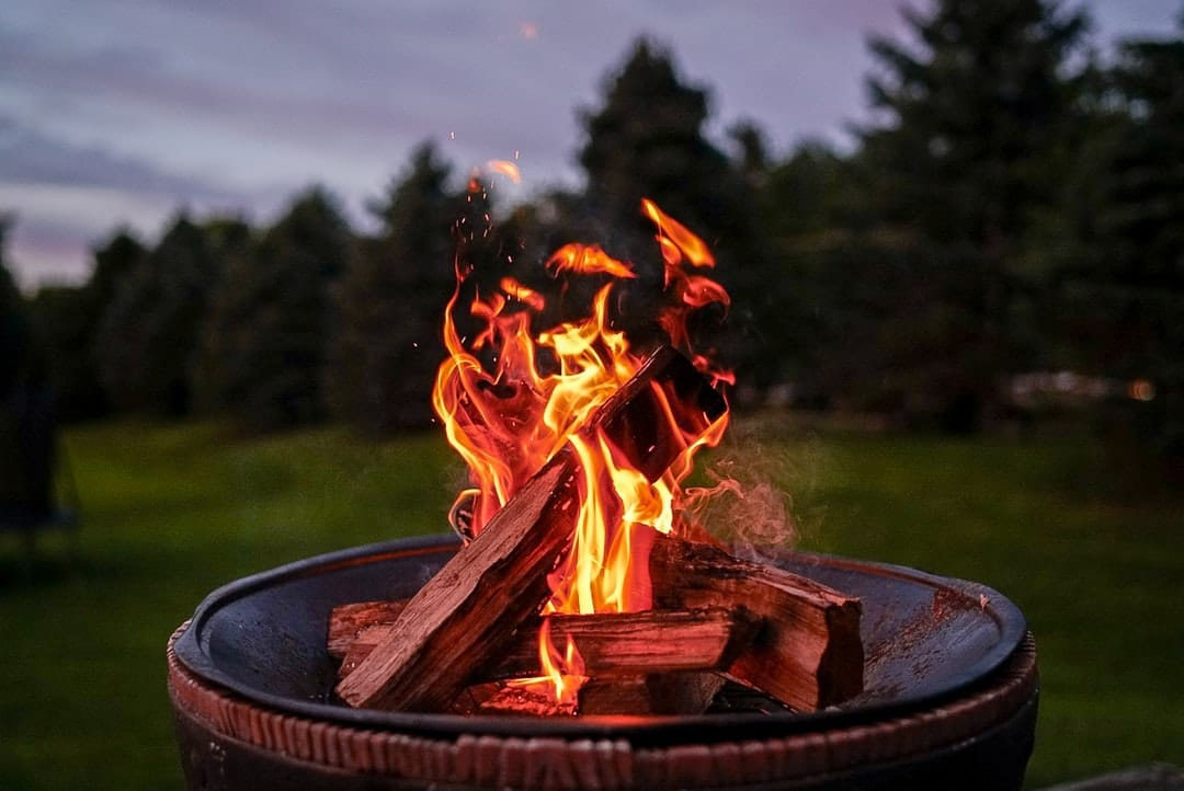 How to create the perfect DIY fire pit for group sing-a-longs