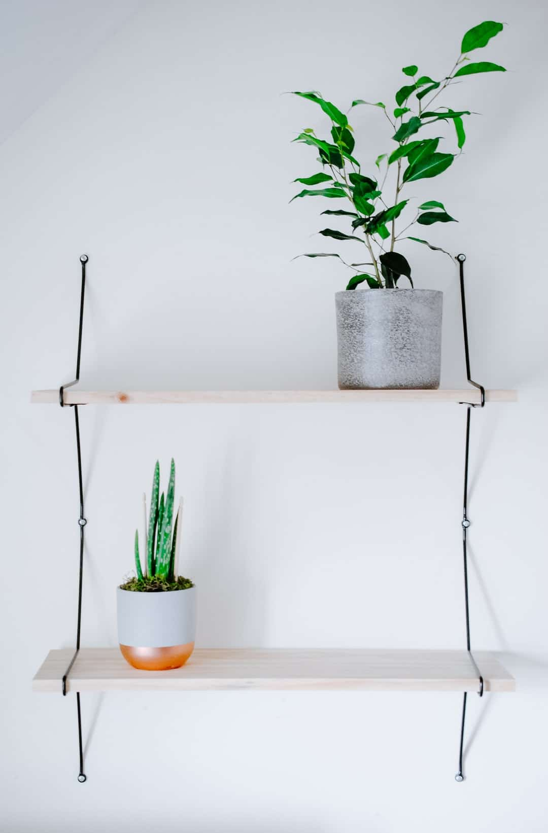 easy diy floating wall shelves